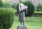 monument-85106_1920
