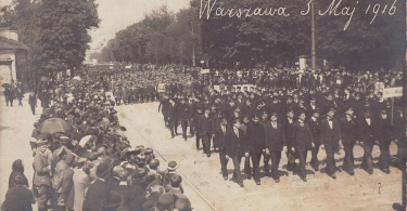 Parada_-_Warszawa_3_Maj_1916_a