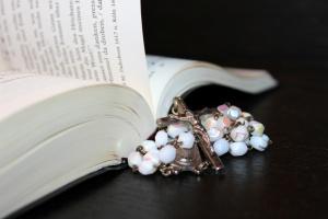 rosary-1215116_1280