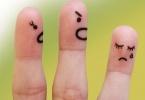 poradnik-dla-zestresowanych-rodzicow palce