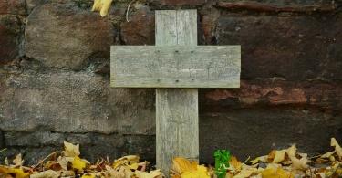 grave-1412362_1280